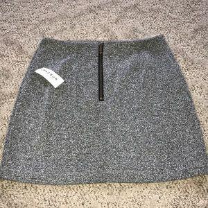 2/&30 Kendall & Kylie skirt-small